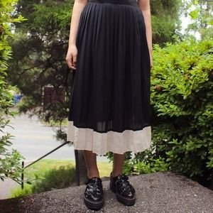 Vintage Pleated Black and White Skirt
